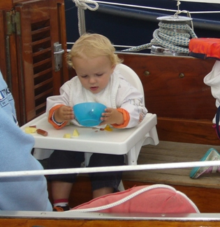 Kinderstoel Voor Peuters.Kinderen Aan Boord Voor En Door Varende Ouders
